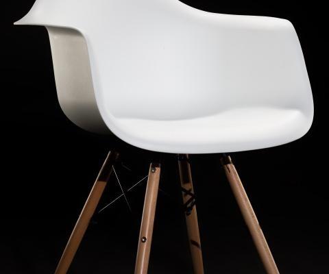Der-weisse-Stuhl-Foto-cewe-studio
