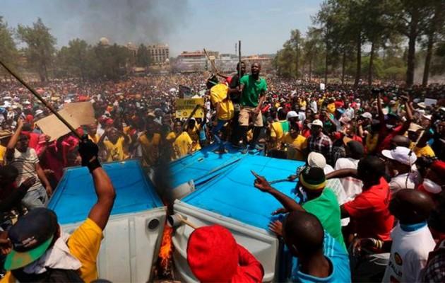 Violent student-protests in Pretoria