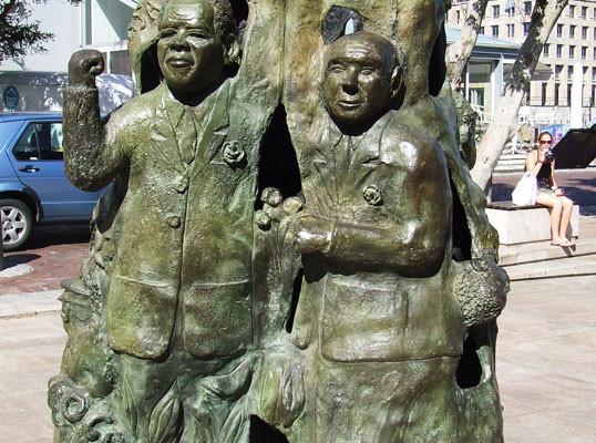 Nelson-Mandela-Denkmal